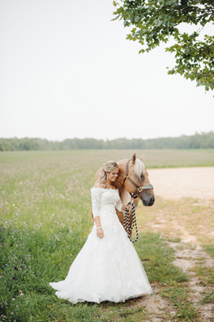 Elegant-Barn-Wedding-0015