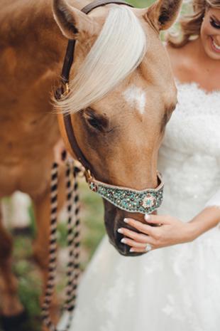 Elegant-Barn-Wedding-0016