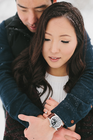 snowy-winter-engagement-session-0004