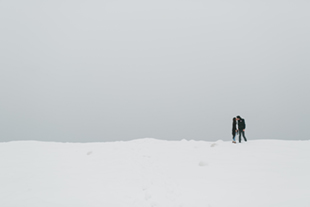 snowy-winter-engagement-session-0009