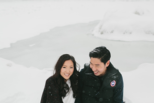 snowy-winter-engagement-session-0015