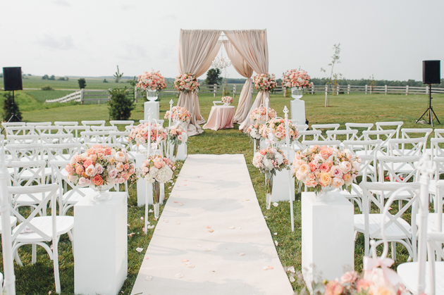 Toronto barn wedding photography