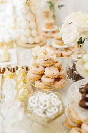 sugar doughnuts at a fairmont royal york wedding