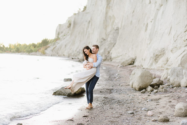 Engagement photo shoot ideas at Scarborough Bluffs