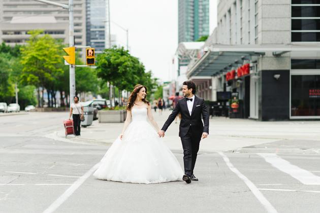 Downtown wedding photos are always a good ideas