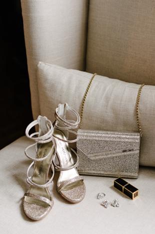 Bridal accessories details
