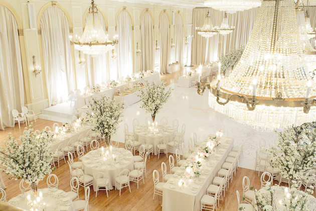 All white Fairmont Royal York wedding in Toronto