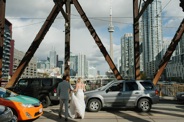 Bathurst bridge wedding photos are very modern and cool