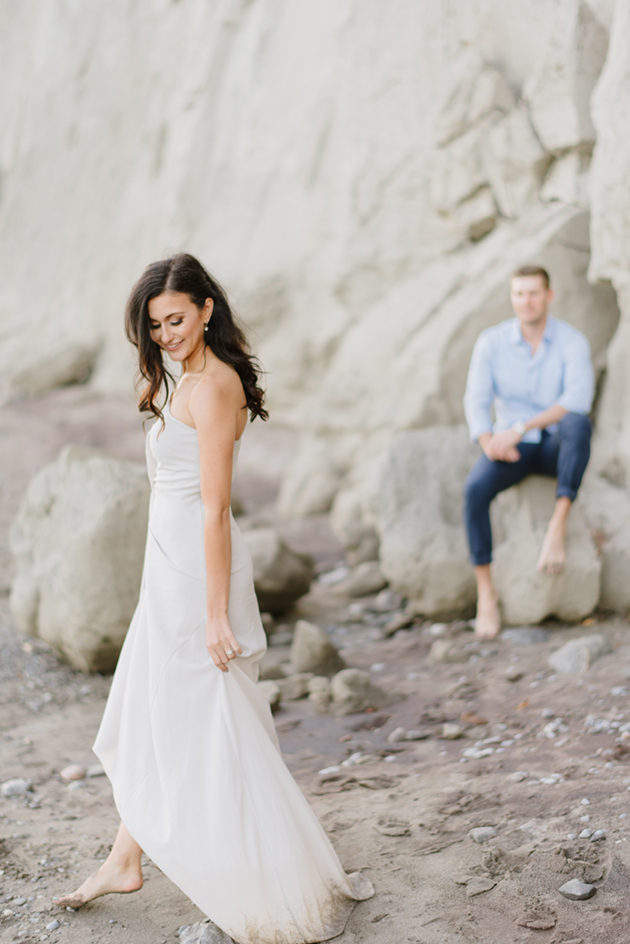 Light and airy Scarborough Bluffs engagement session in Toronto