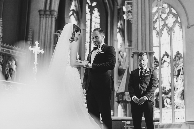 Award winning Toronto wedding photographer