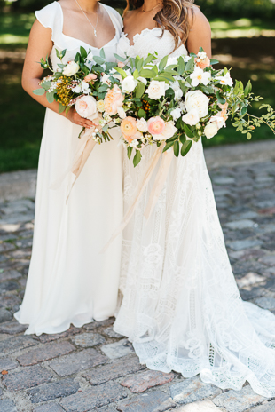 Sweet bride and Maid of Honour flower bouquets