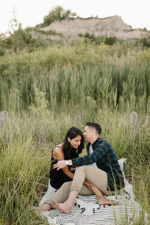 intimate picnic engagement session in Toronto