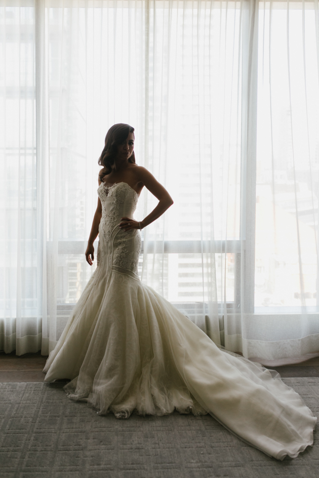 Bride getting ready photos at the Four Seasons