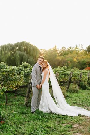 Sunset wedding photos at the Ravine Winery