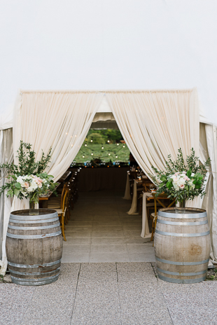 Rustic wedding decor at the charming Ravine Winery