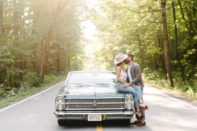 Road trip engagement photos with a car are so cool!