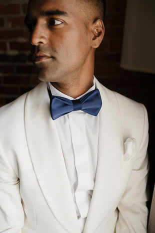 Groom's portraits / Montreal wedding photography