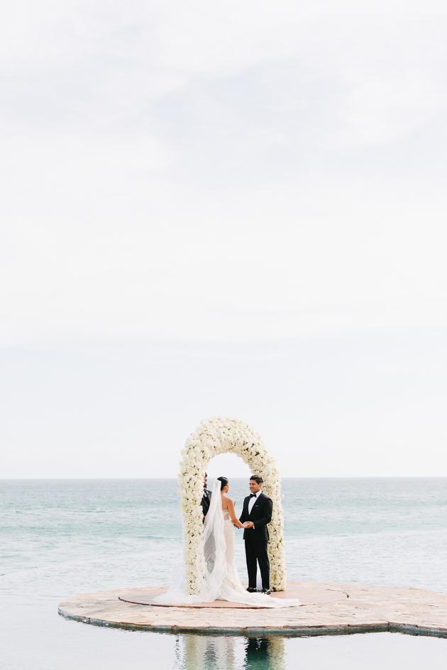 Stunning Cabo San Lucas destination wedding photos