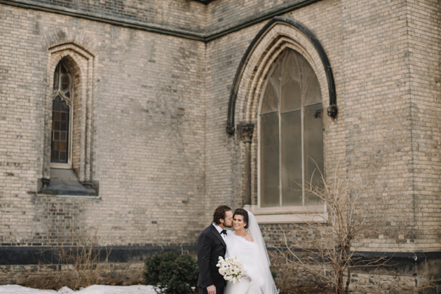 Downtown winter wedding in Toronto