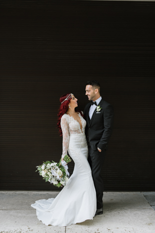 The bride and groom portraits in downtown Toronto