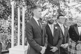 This groomsmen reaction is the sweetest!