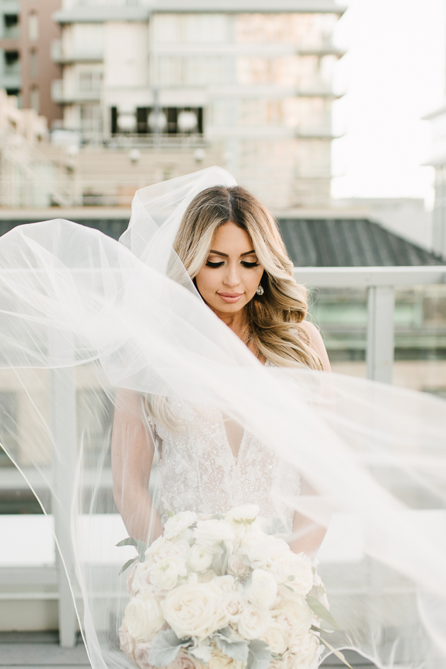 How to take the best wedding photos - Toronto wedding photographer