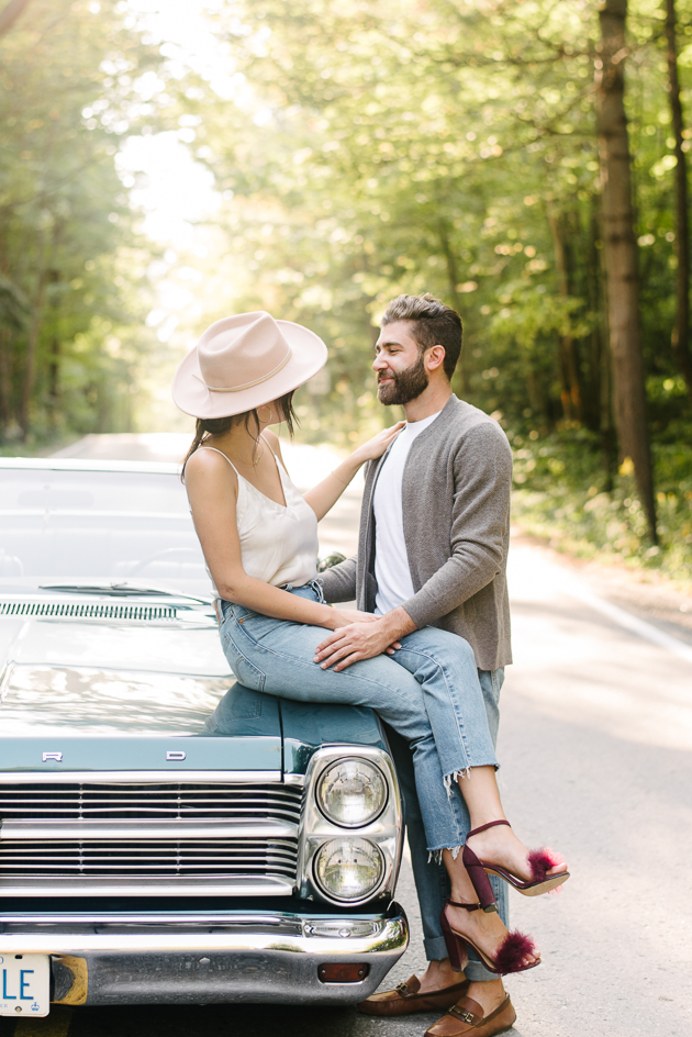 what to wear for engagement photos ideas