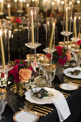 Black and gold wedding decor accents at the Thompson Landry Gallery wedding