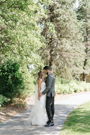 Sunny Arlington Estate wedding photos