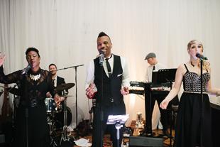 Live music entertainment at 99 Sudbury wedding