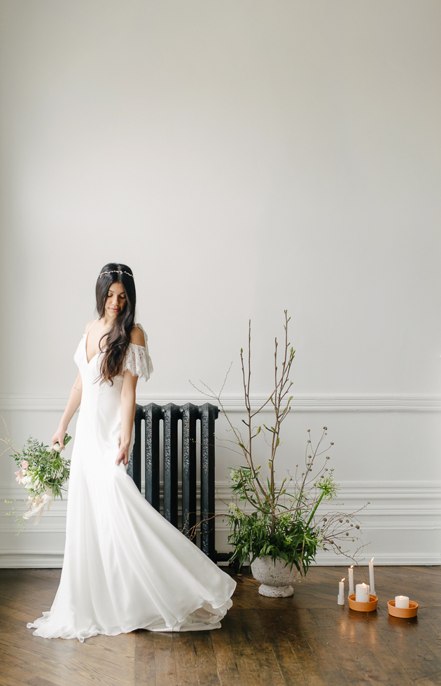 Romantic and boho wedding dress by Ferre Sposa