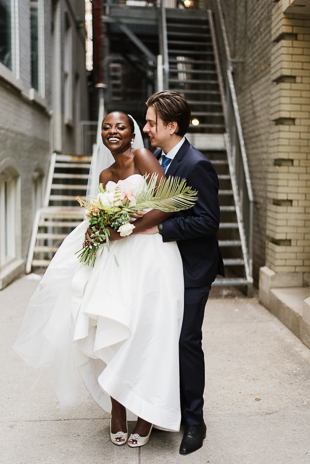 Elegant and timeless downtown wedding photos in Toronto