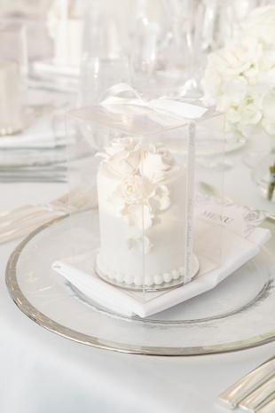 Four Seasons Hotel Toronto wedding decor photography