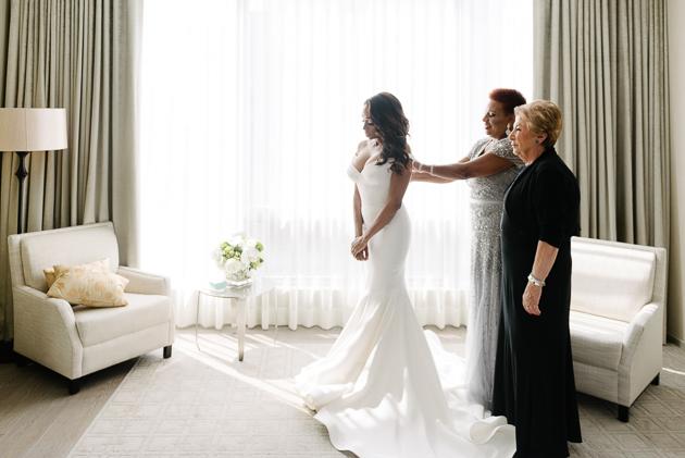 Bride's morning at Four Seasons Hotel Toronto wedding