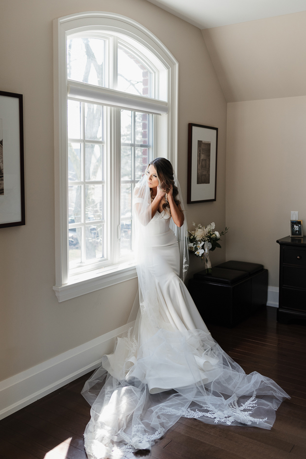 Our gorgeous bride getting ready on the morning of her wedding