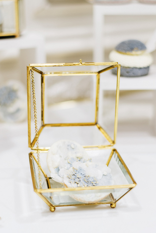 White, blue and gold wedding theme inspiration at The Arlington Estate