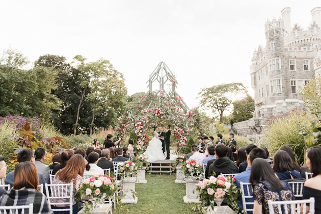 Beautiful Casa Loma wedding in Toronto