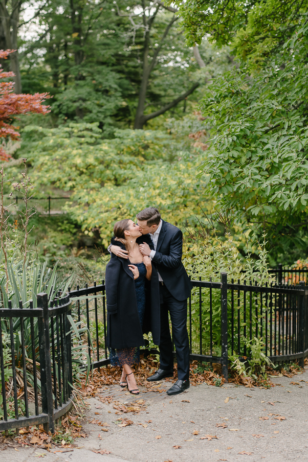 Timeless and elegant Fall engagement photos in High Park