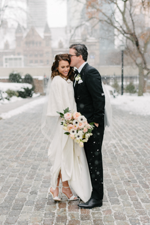 Winter Osgoode Hall wedding photos in Toronto