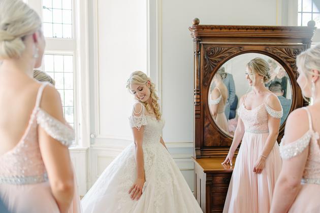 Beautiful Casa Loma wedding photos in Toronto