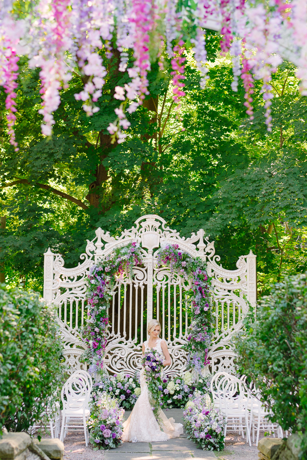Light and airy Estates of Sunnybrook wedding inspiration