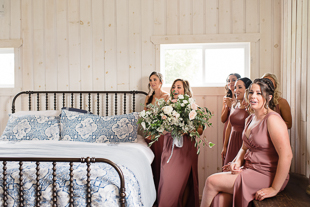 Barn wedding photography in Toronto