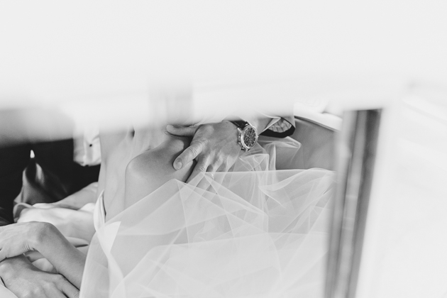 Candid wedding photography in Toronto