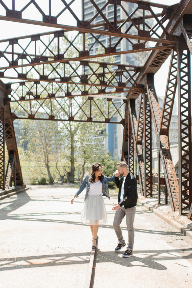 Unique Toronto photography locations to take engagement pictures