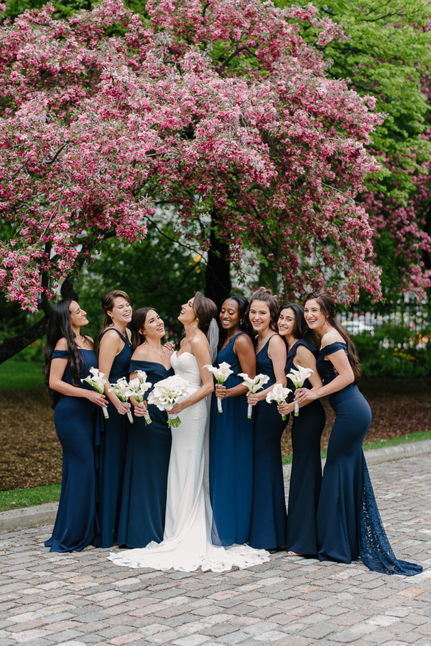 Bridal party wedding photography planning tips