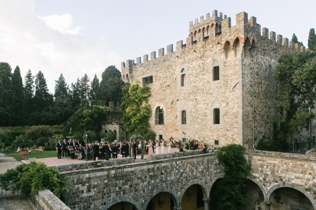 Wedding ceremony at the Castello di Vincigliata
