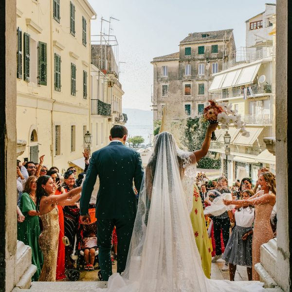 Top 6 tips on how to be the best wedding photographer